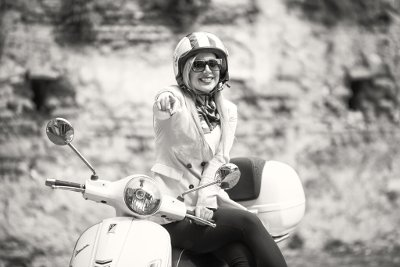 """I want you"" to join a Vespa tour"